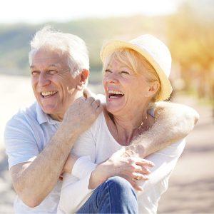 beach-dentists-elderly-couple-teeth-care