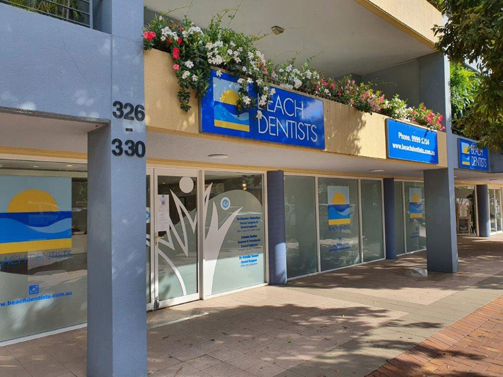 outside-beach-dentist-in-newport-NSW